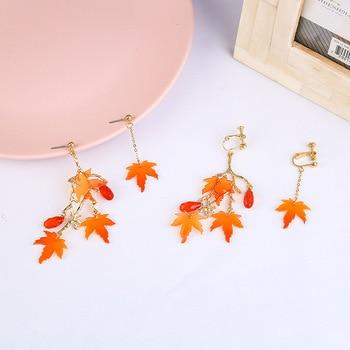 Sansummer 2020 New Hot Fashion Maple Leaf Pendant Asymmetric Tassel Vintage Style Acrylic Elegant Earrings For Women Jewelry