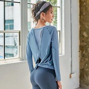 Image 5 - Spor uzun kollu üstleri spor kadın uzun kollu geri Yoga gömlek gevşek ters örtü Activewear egzersiz t shirt fitness giysileri