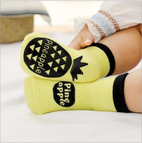 3pairs 0-5YearAutumn new children's tube socks dispensing non-slip baby floor socks learning socks for kids boy and girl 4