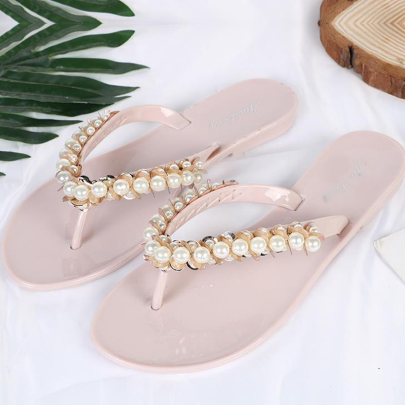 2020 new Korean summer outdoor beach slippers fashion casual women's slippers anti slip flat bottom flip flop