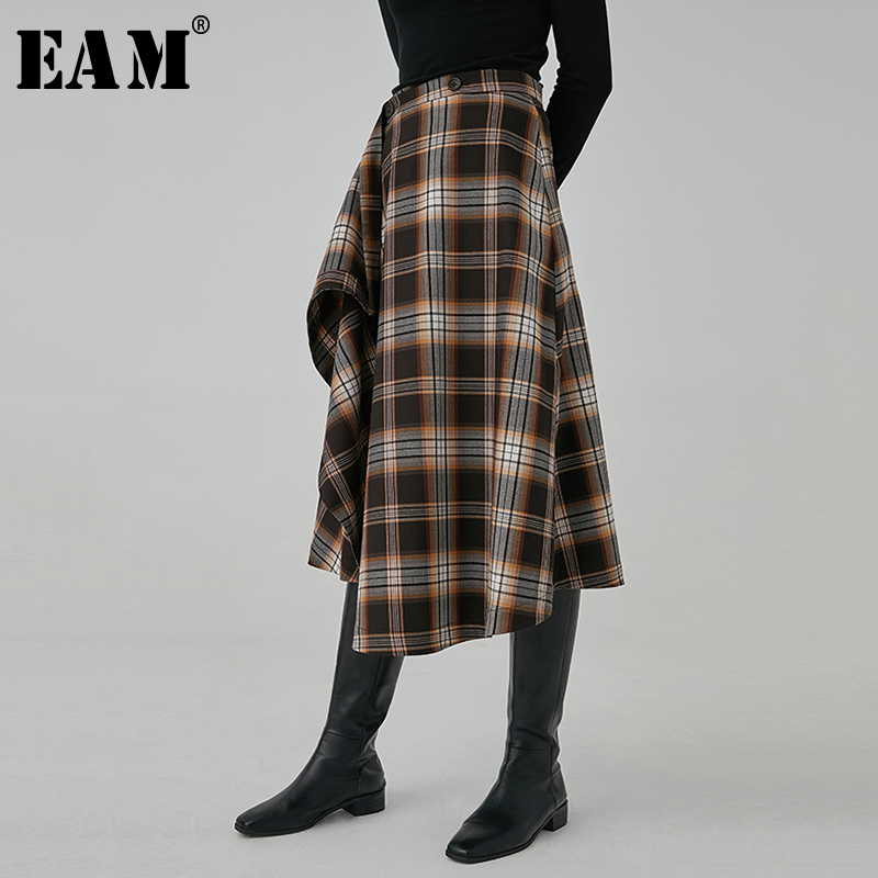 [EAM] High Waist Brown Plaid Asymmetrical Stitch Temperament Half-body Skirt Women Fashion Tide New Spring Autumn 2020 1R760
