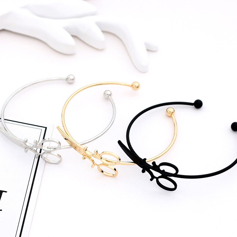 Fashion-Scissors-Charm-Bracelets-For-Women-Men-Simple-Gold-Silver-Black-Shears-Opening-Bangles-Hair-Stylist (1)