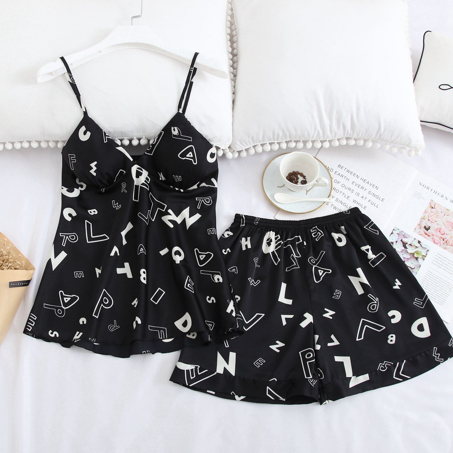 Sexy Ice Silk Summer Hot Sale Women Shorts Pajamas Set Thin Section Silk Home Women Clothes 2020 Summer Pajama Shorts