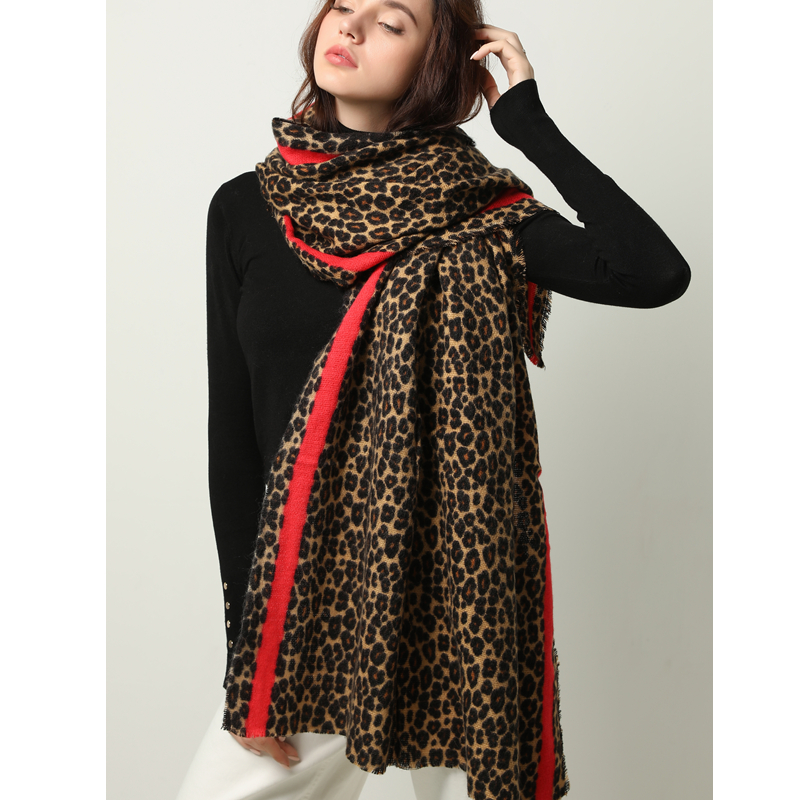 Winter Warm Women Scarf Fashion Animal Leopard Print Lady Thick Soft Shawls and Wraps Female Foulard Cashmere Scarves Blanket