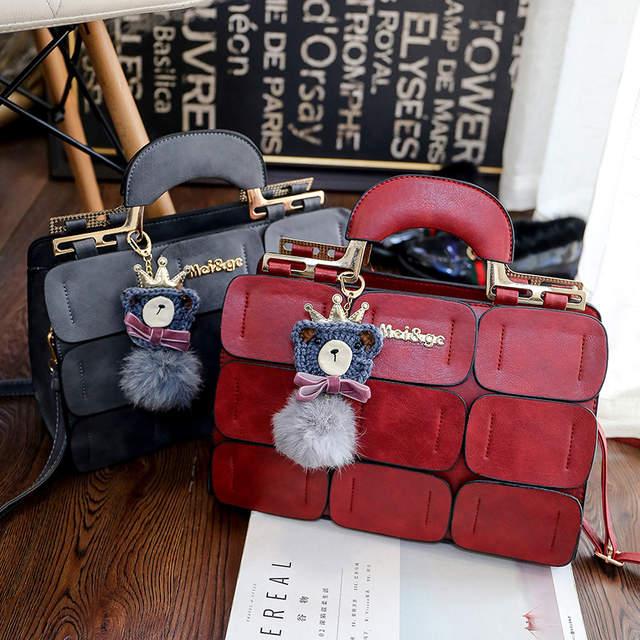 ae01.alicdn.com/kf/H4d75f40b4a5f4c098cf767d9bb1678bci/Moda-famosa-marca-feminina-bolsas-de-couro-mensageiro-sacos-de-luxo-superior-al-a-bolsas-femininas.jpg_640x640q70.jpg