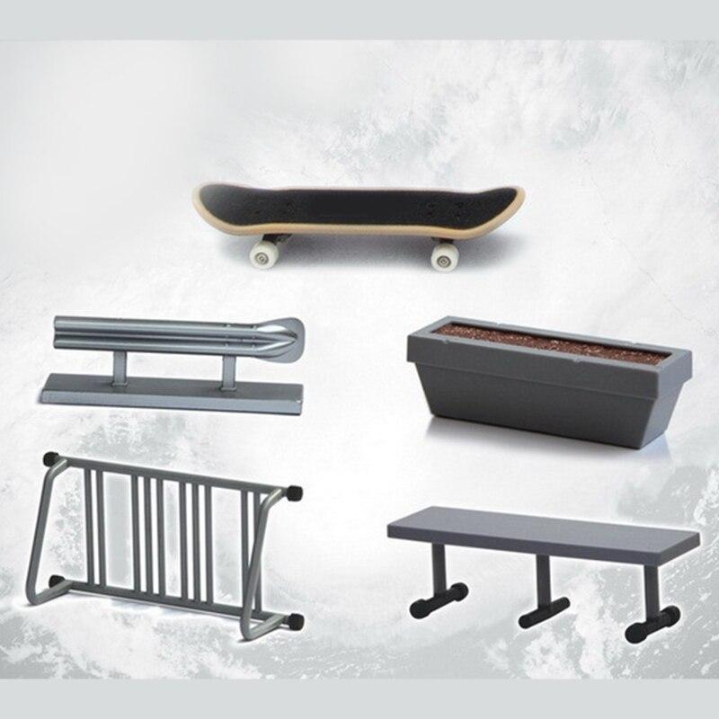 4pcs/set Finger Skateboard Scene Accessories For Mini Skateboard Bike Scooter