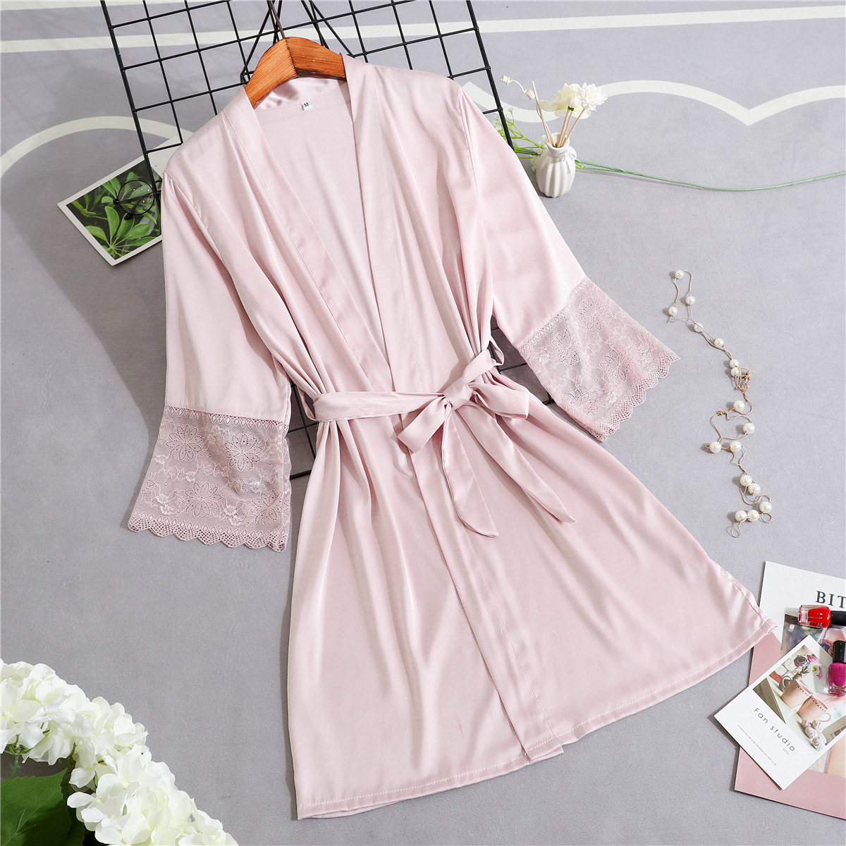 Lace Kimono Gown Mini Half Sleeve Novelty Bride Bridesmaid Wedding Robe Casual V-Neck Home Clothing Soft Sleepwear Negligee