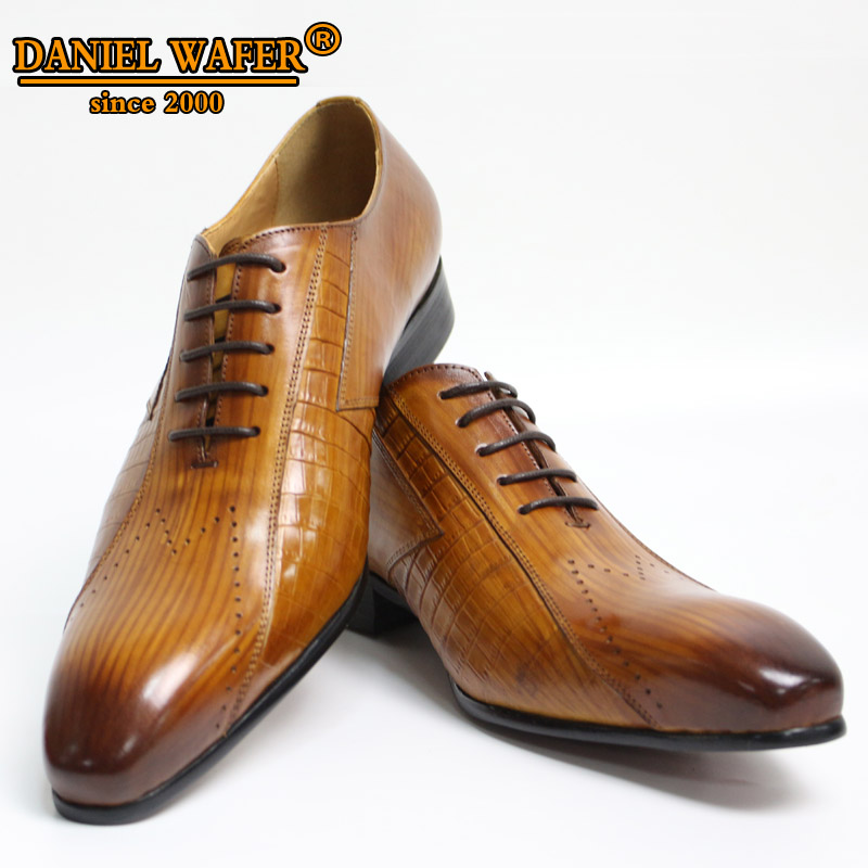 Luxury Italian Leather Shoes Men New Fashion Lace Up Brown Black Wedding BusinessFormal Shoes Men Oxfords Shoes