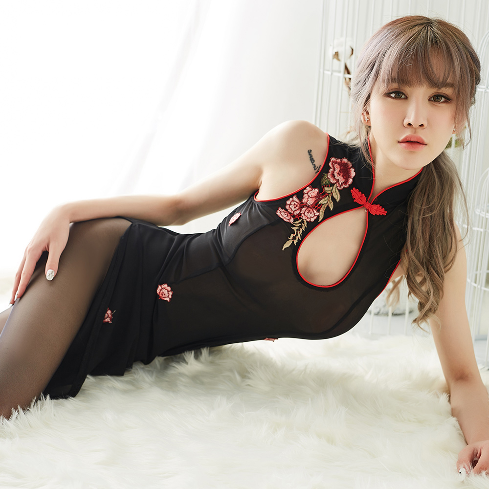 Sexy Nightclub Cheongsam Lingerie Women Perspective Mesh Summer Traditional Chinese Dress For Women Night Dress With G-string