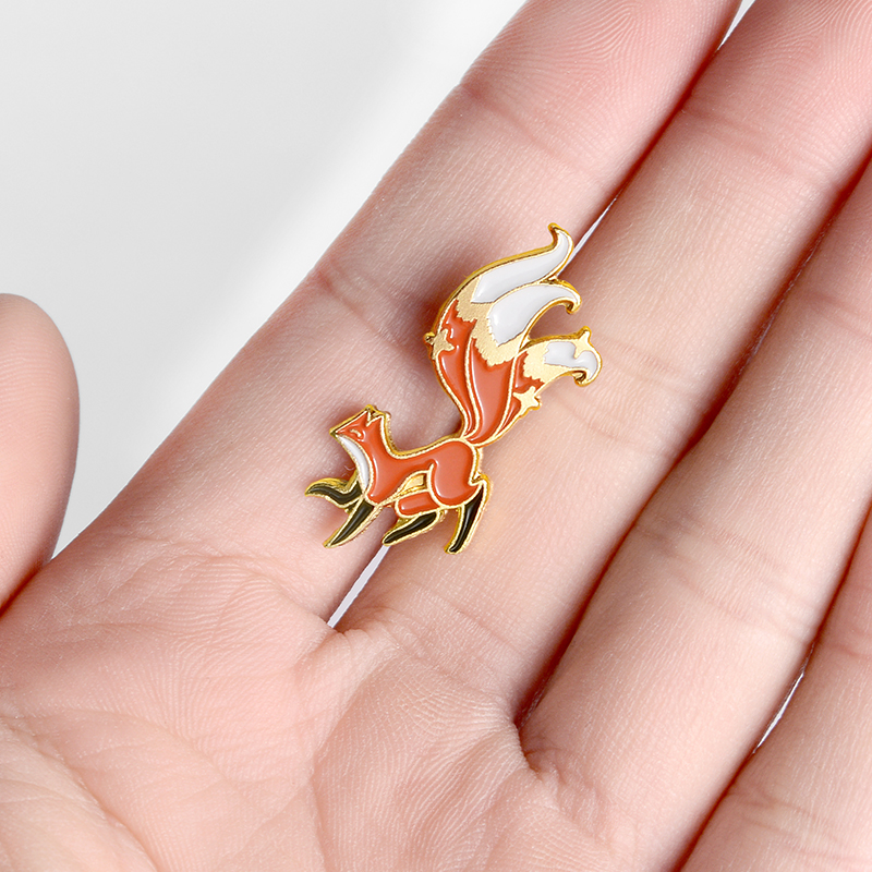 Little Fox Enamel Pin Custom Mini Animal Brooches for Shirt Lapel Backpack Cartoon Big Tail Fox Badge Jewelry Gift for Friends 3
