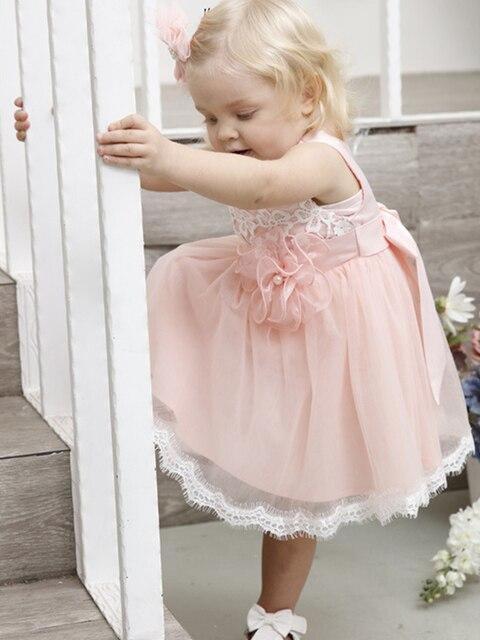 Фото короткое розовое платье с цветочным узором для девочек на свадьбу