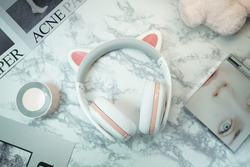 Fashion new Censi Moecen Cat ears Bluetooth Wireless headset white girl Comic hifi stereo over ear music gaming headphone