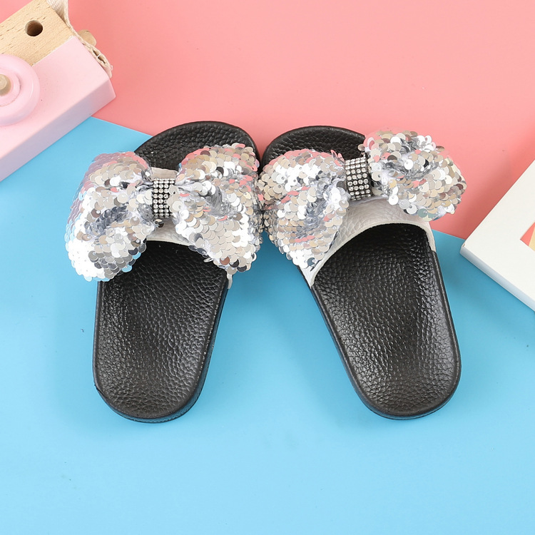 Summer Children Slippers Sandals With Bow Kids Girls Outerwear Shoes Fashion Beach Slippers Girls Sequins Princess Sandals