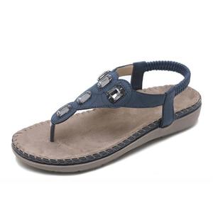 Image 2 - BEYARNE חדש נשים סנדלים שטוחים בתוספת גודל 35 42 אופנה גביש אישה נעלי קיץ נעלי חוף כפכפים נעליים נשים