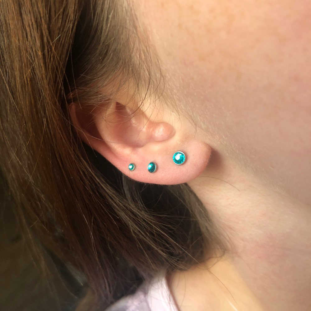 1PC เหล็กผ่าตัด Opal Zircon หู Tragus Helix กระดูกอ่อนต่างหูหูสตั๊ด Labret แหวนเครื่องประดับเจาะ 16g top3mm & 4 มม.และ 5 มม.