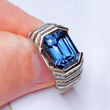 HUITAN Sky Blue Crystal Stone Finger Rings Women Neo-Gothic Cool Stylish Anniversary Gift For Female Luxury Geometric Jewelry