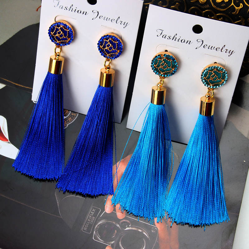 European Fashion Bohemian Tassel Crystal Long Earrings White Red Silk Fabric Drop Dangle Tassel Earrings For Women 2019 Jewelry