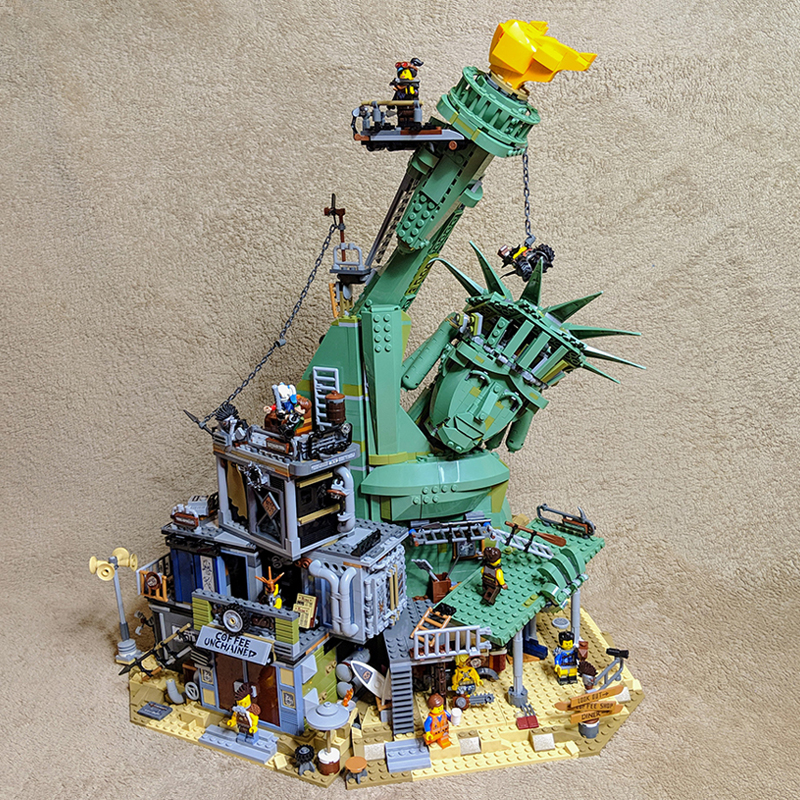 In Stock 45014 Movie Seies The Statue Of Liberty Welcome To Apocalypseburg Building Block Bricks Compatible 70840 Movie