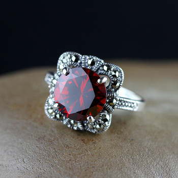 S925 pure silver ornaments precision work to inset the female personality pomegranate red ring restoring ancient ways