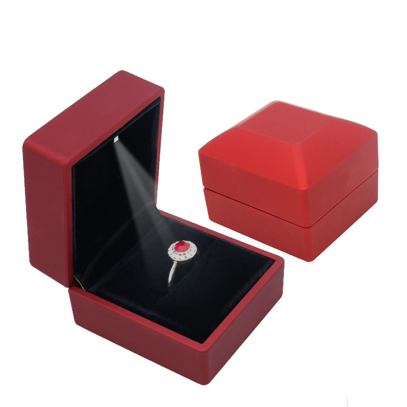 LED Light Small Ring Necklace DisplayTravel Jewelry Gift Boxes for Wedding Engagement Valentine Christmas