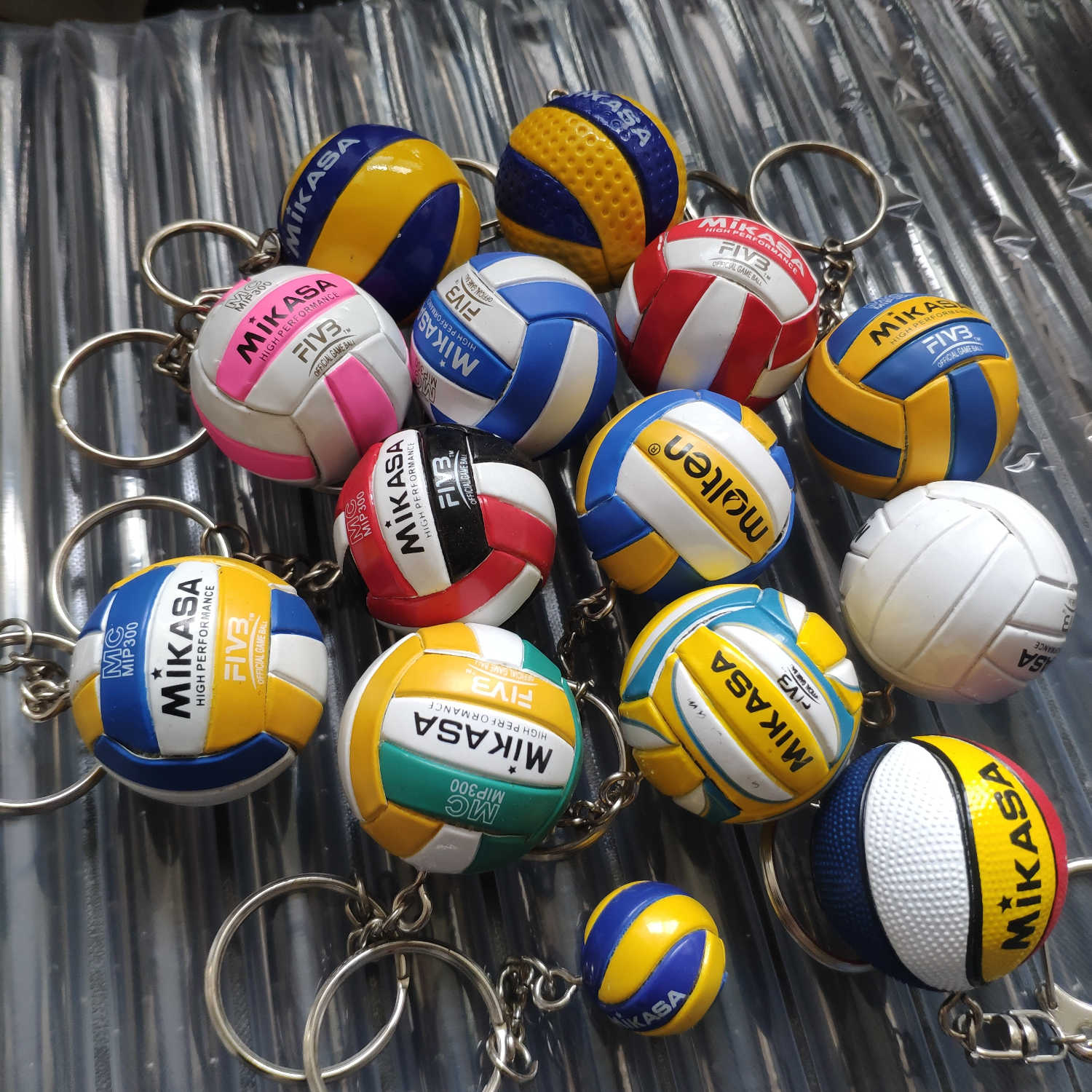 V200w Volleyball Keychain Sport Key Chain Car Bag Ball Volleyball Key Ring Jewellery Gifts For Players Keyring Keychains Aliexpress