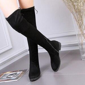 Image 3 - 탄성 허벅지 높은 부츠 여성 패션 겨울 부츠 여성 무릎 부츠 위로 스트레칭 낮은 뒤꿈치 캐주얼 녹색 검은 신발 여자