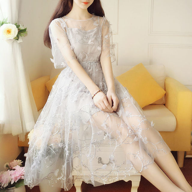 Spring and summer super fairy fairy long dress elegant short-sleeved pure color O-neck applique elegant and sweet fairy dress 1