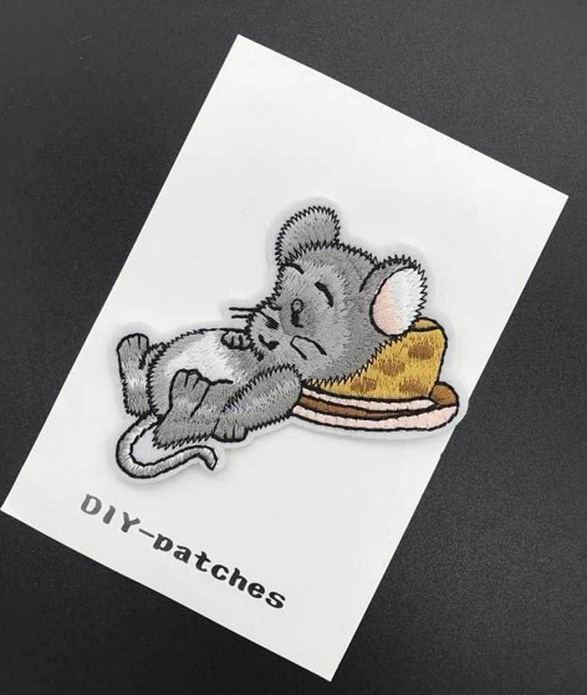 Cane Del Gatto Del Fumetto di Ferro Sulla Patch per Abbigliamento Fai da Te Del Ricamo Della Banda Sui Vestiti Animali Del Mouse Distintivo di Applique Applique Del Panno Del Tessuto