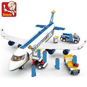 Image 2 - 463Pcs City Airport Airbus Aircraft Airplane Plane Brinquedos Avion Technic Building Blocks Bricks Educational Toys for Children