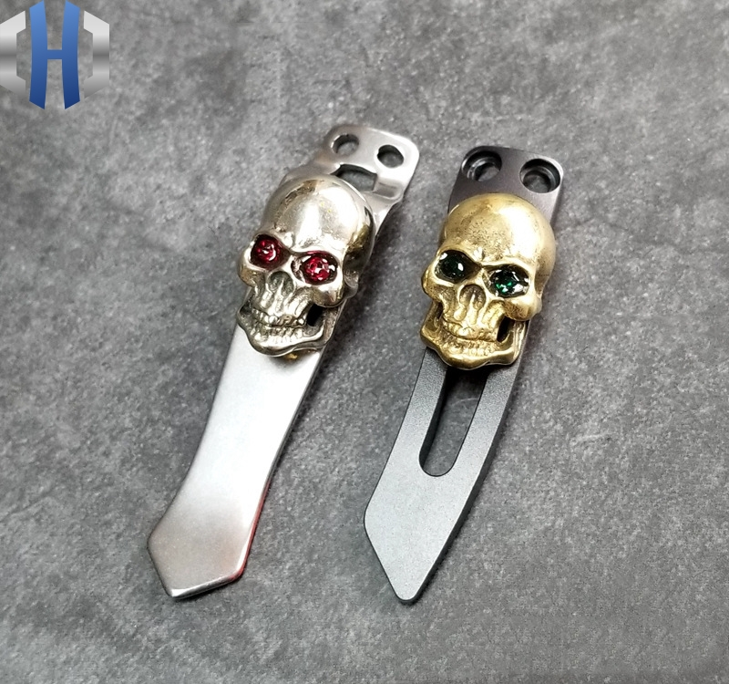 Stainless Steel Flashlight Back Clip Skull Lion Buckle EDC Tools