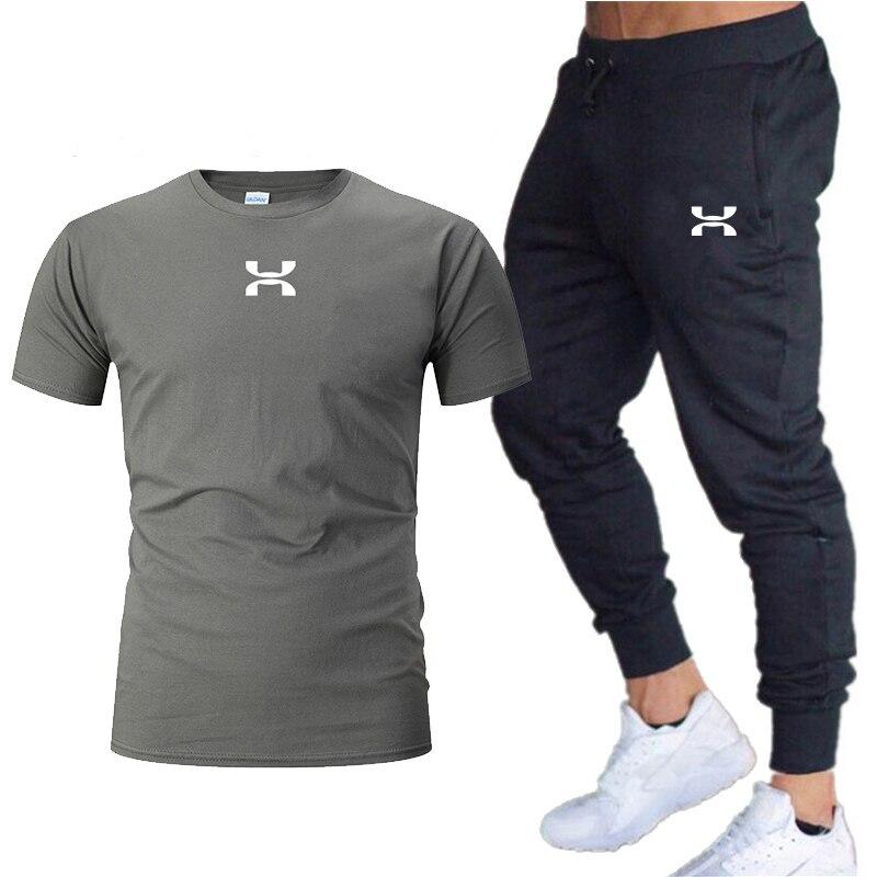 running - 2020 Men Casual Set Fashion 2 PCS Sweat Suit Striped Short Sleeve T-shirt Sets Male Sportswear Tracksuit Summer Sportsuit