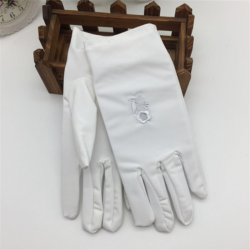 Women's Sunscreen Gloves Fashion Female Short Embroidered Sunscreen Skin Care Spring And Autumn Elastic Thin Gloves