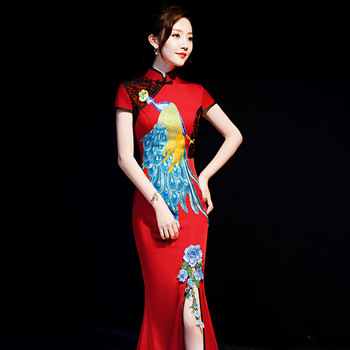Women Red Appliques Flower Qipao Noble Satin Sexy High Split Cheongsam Oriental Evening Party Gown Classic Long Slim Maxi Dress
