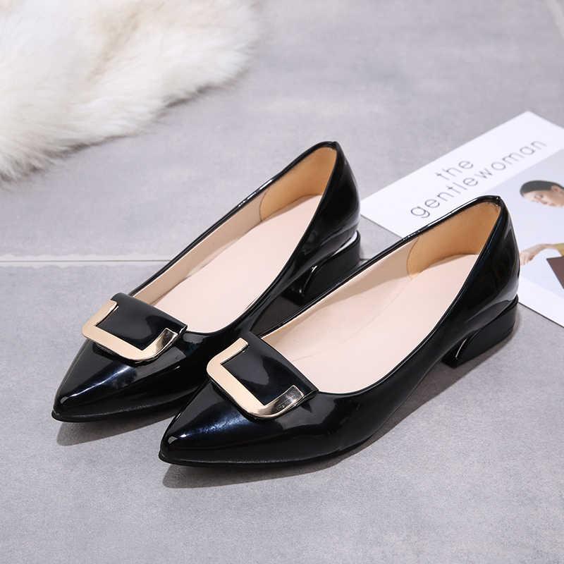 Plus Größe Patent Leder Kleid Schuhe Low Heels Büroarbeit Schuhe Frau Pumpen Metall Boot Schuhe Spitz Hochzeit Schuhe n7844