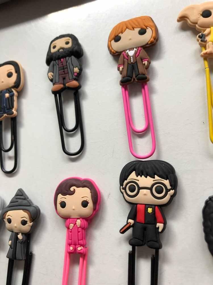 25pcs Hot Icona Segnalibri Anime Contrassegno di Libro di Carta Pinze Cancelleria per Insegnante di Scuola Gli Studenti di Forniture Per Ufficio di Pagina Del Supporto di Bambini regalo