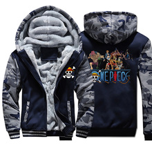 The straw hat Pirates Thick Sweatshirt One Piece men Camouflage Hoodies casual Harajuku Coat Man anime Hip Hop Streetwear Jacket
