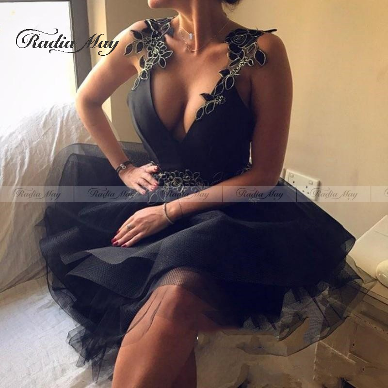 Sexy Deep V Neck Short Black Dress Cocktail For Women 2020 Lace Floral Flowers Backless Party Gowns Ruffles Tiered Prom Dresses