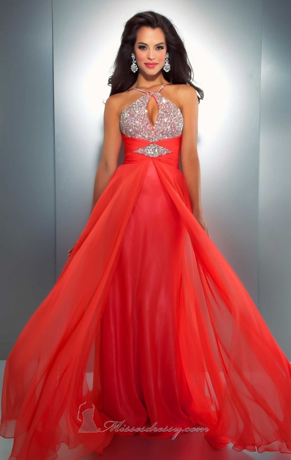 Free Shipping Vestido De Noiva 2018 Sexy Backless Halter Fashion Beaded Chiffon Robe De Soiree Party Formal Prom Gown