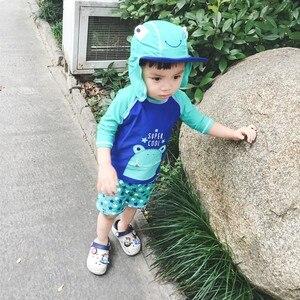 Image 5 - תינוק בגדי ים UV מוגן ארוך שרוול בגד ים יפה צפרדע הדפסת שתי חתיכות + כובע בני בגד ים ילדים שחייה בריכה בגדים