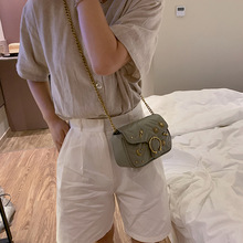 Beautiful girl rivets small crowdsourcing 2019 new fashion single shoulder oblique shoulder texture small chain saddle bag