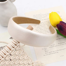 Coreano temperamento menina super macio couro do plutônio faixa larga simples pérola branca esponja bandana antiderrapante confortável bandana