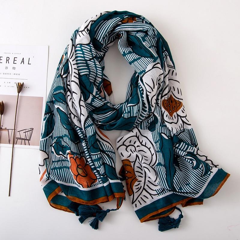 Tassel Fashion Silk Scarf Artistic Ethnic Flower Printing Summer Women Beach Hijab Shawls And Wraps Bandana