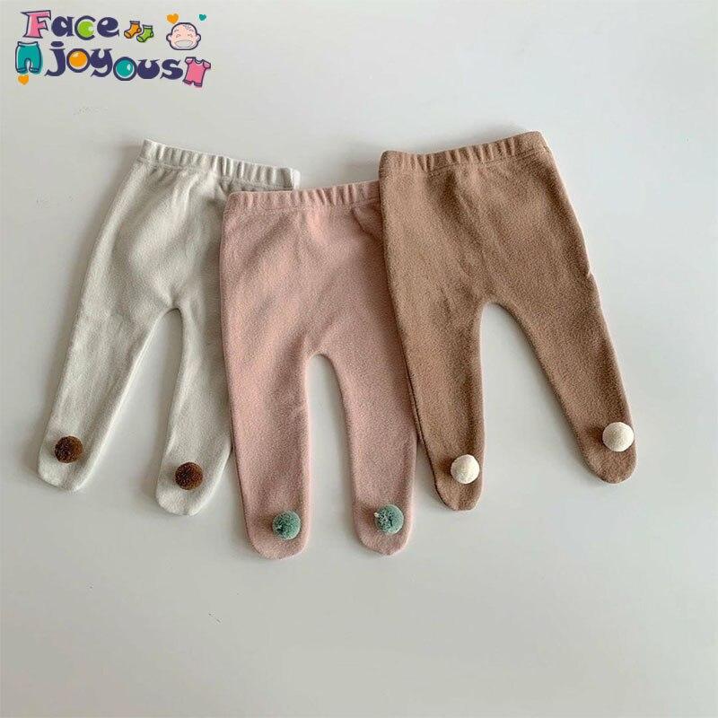 Autumn Winter Warm Newborn Baby Pantyhose Cute Pompom Design Toddler Girls Tights Kids Stocking For Children Clothes 0-24M