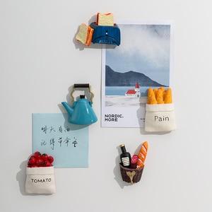 Image 4 - Ímãs de geladeira de resina 3d fofos, ímãs de desenho animado em resina para geladeira, refrigerador com mensagem, adesivo para crianças, brinquedo de decoração de natal em casa, 1 peça