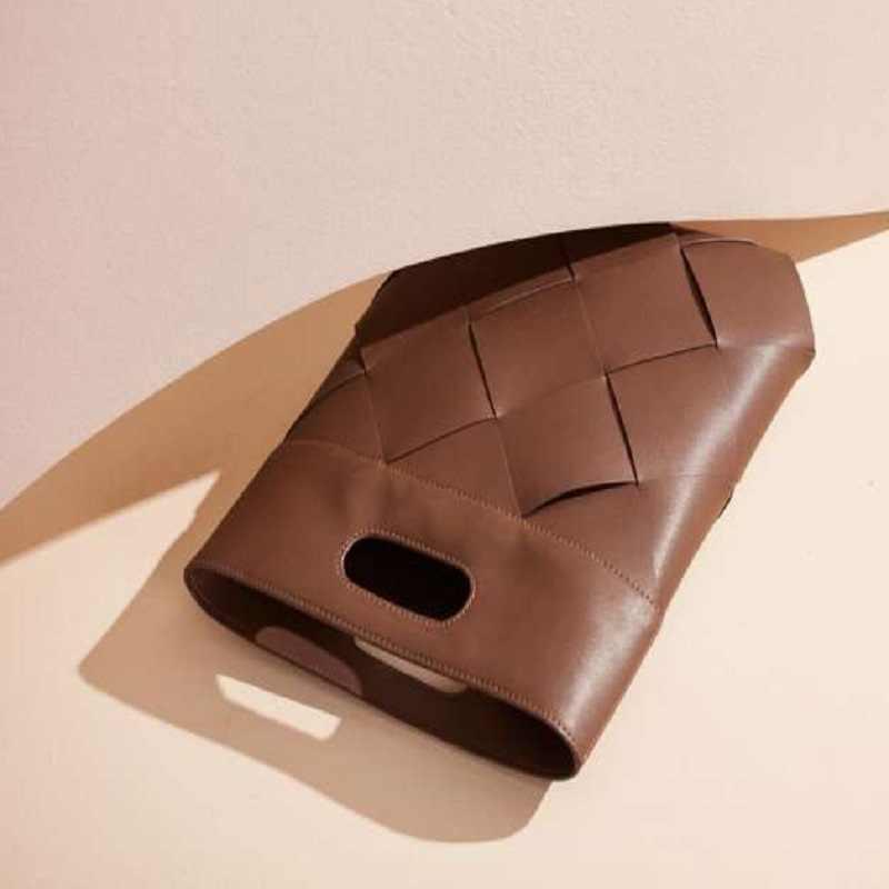 スリップトートで子牛本革フラットと現代マキシ織りカットハンドルリアル牛革クラッチ財布とハンドバッグ