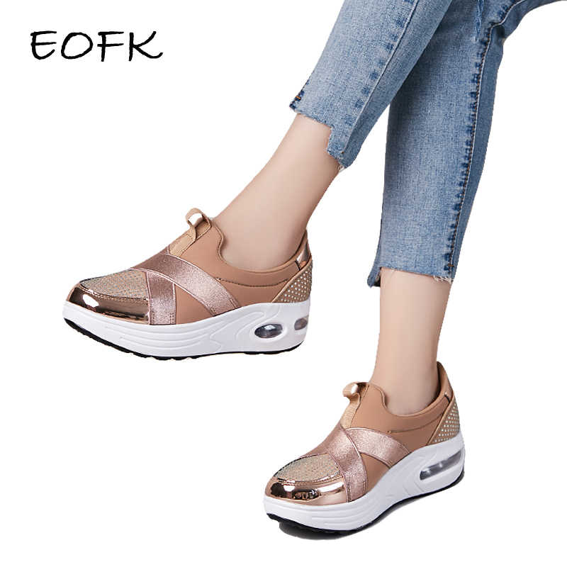 EOFK נשים פלטפורמת נעלי אופנה חדשה סתיו להחליק על מזדמן נוח זהב נעלי אישה גבירותיי סניקרס דירות Moccasin ופרס