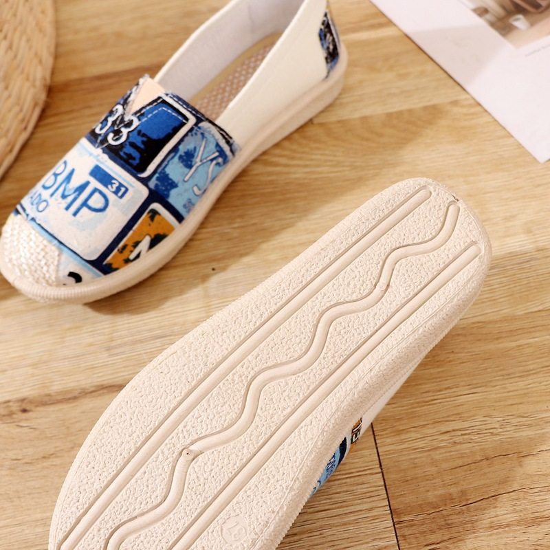 Women Shoes Breathable New Fashion Light Comfortable Casual Shoes Ladies Cute Running Jogging Walking Shoes Flats Light Sneakers