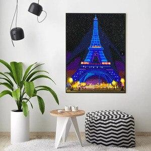 Image 2 - HUACAN LED יהלומי ציור 5D אייפל מגדל יהלום רקמת LED אור מלא עגול תרגיל יהלומי פסיפס 30x40cm עם מסגרת