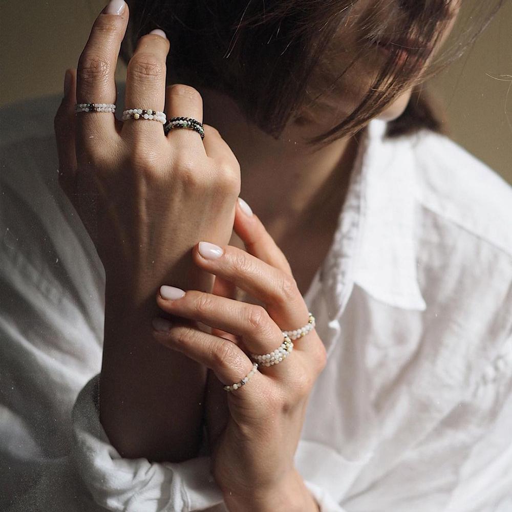 Momiji богемные бусины кольца из натурального камня Ювелирные изделия Разноцветные Мини-кольца ручной работы эластичные регулируемые модные ...