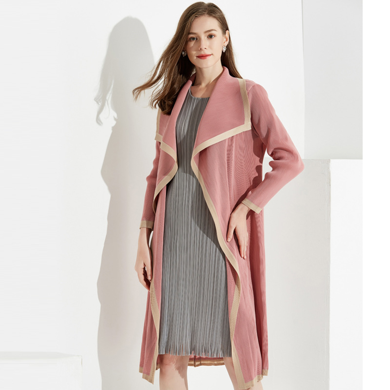 Plus Size   Trench   Coat Autumn Women 2019 New Fashion Simple Turn Down Collar Long Sleeved Miyake Pleated Thin Loose Cardigans